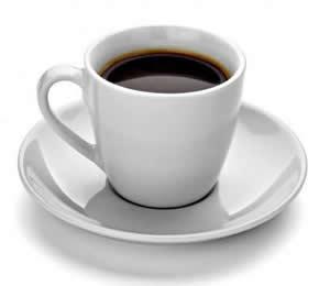 кафето оцветява зъбите